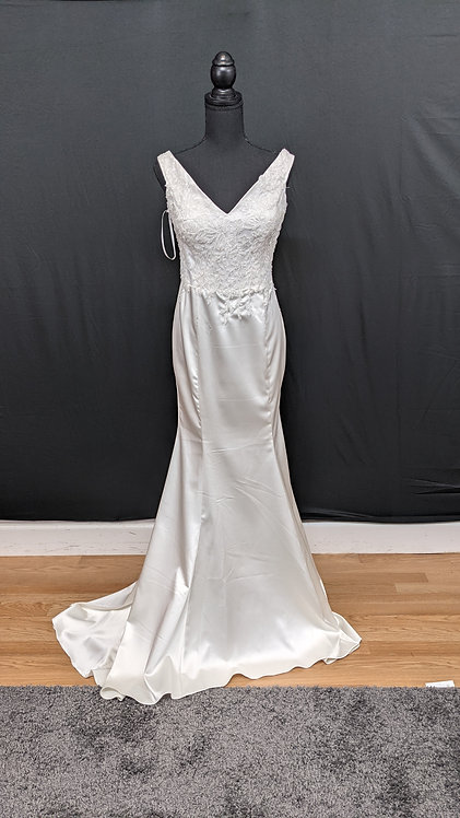 21817 Trumpet Hand Beaded Wedding Dress