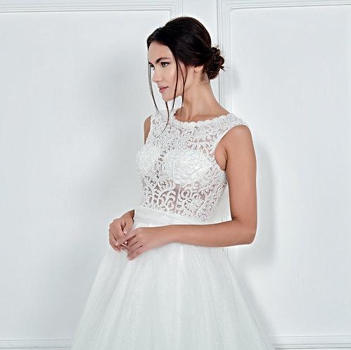 017115 A Line Wedding Dress