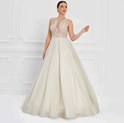 017545 Wedding Dress