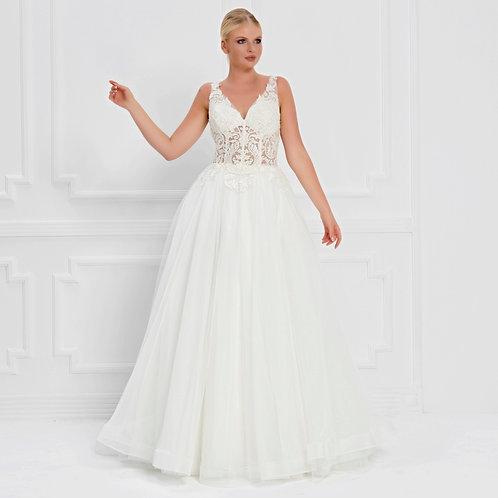 017571 Wedding Dress