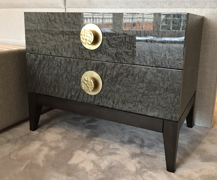 Lacquer bedside brass handle