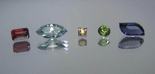 Rhodolite Garnet | Zircon | Montana Sapphire | Peridot | Iolite