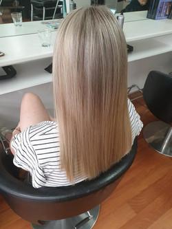 Beautiful Blonde by Kutting Kapers