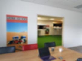 kantoor showroom topdaktenten.nl.jpg
