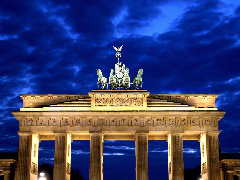 architecture-berlin-brandenburg-gate-531