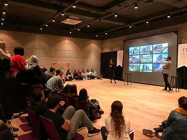 Bursa Architecture Fest'19 kapsamında, CM² Mimarlık ve Tasarım Stüdyosu'nun 'Mimarlık Ortamında Yarışma Süreçleri' başlıklı söyleşisi Podyum Sanat Mahal'de gerçekleşti.