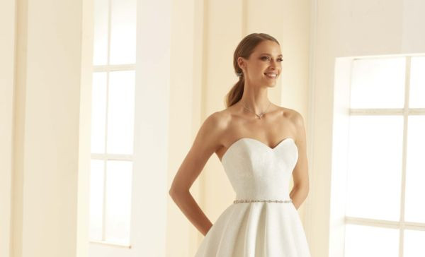 bianco_evento_bridal_dress_isolde_1__1.j