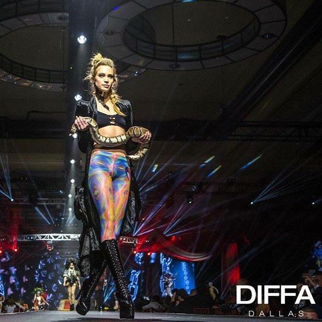 DIFFA dallas, runway w/ ball python!