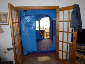 Downstairs-thru-ss-1.jpg