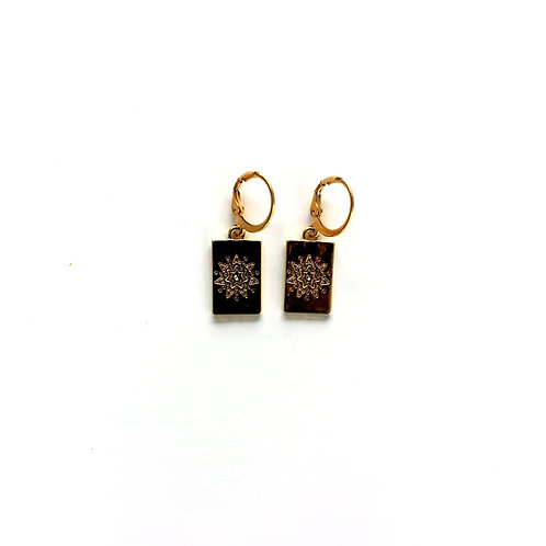 star tag earrings gold