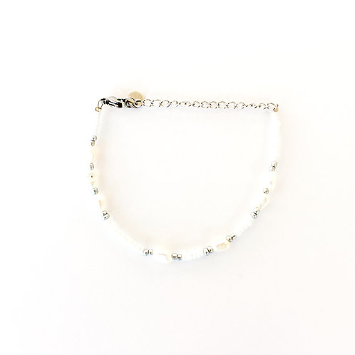 white pearl bracelet silver