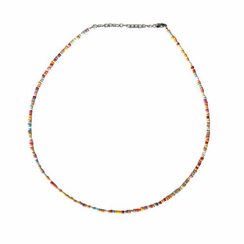 Different color necklace