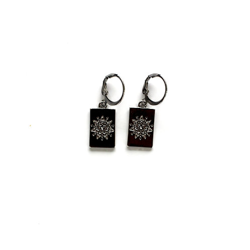 star tag earrings silver