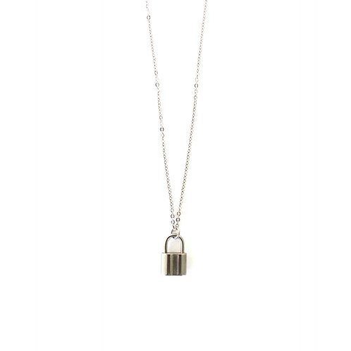 lock fine necklace silver