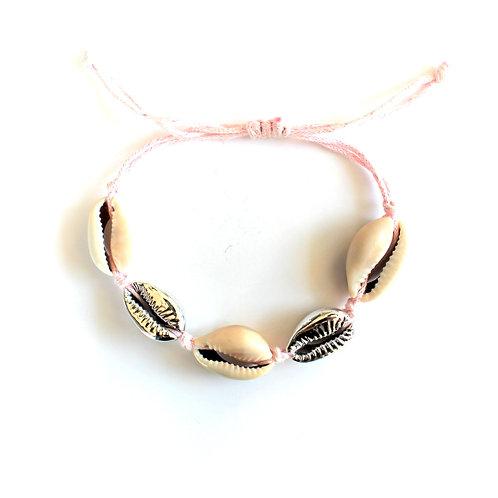 armband met meerdere zilveren schelpen