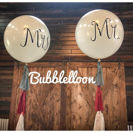 Make your wedding day unique and special with personalized balloons!