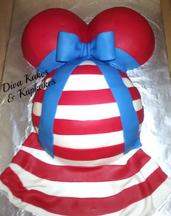 Small Dr Seuss Baby Shower cake