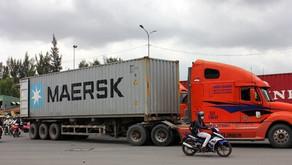 Những Điểm Cần Lưu Ý Trong Quy Định Dành Cho Xe Đầu Kéo Và Container