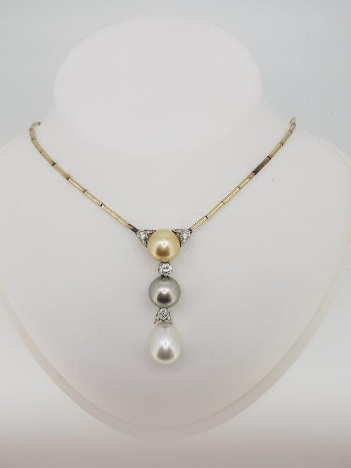 Pearl and diamond pendant dest1.0cts