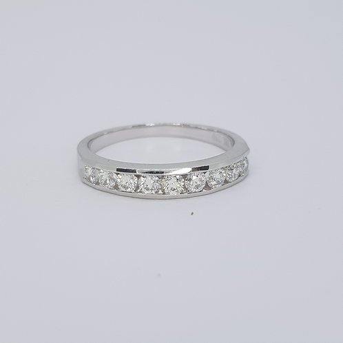 18ct Half eternity band D0.50cts size M1/2