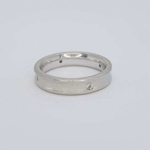 Platinum diamond wedding band size K 4mm