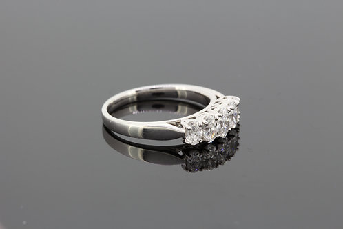 Platinum five stone diamond ring d1.0cts