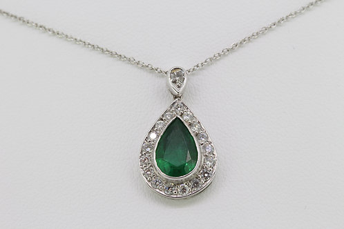 Emerald and diamond pendant and chain