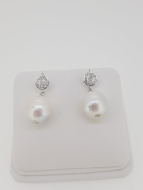Southsea pearl and diamond earrings d.28cts