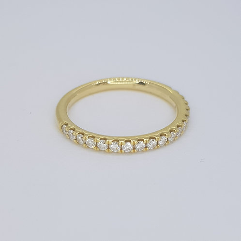 Half eternity ring D0.25cts size J 18ct