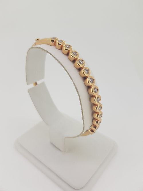 Rose gold diamond bangle d1.13cts.
