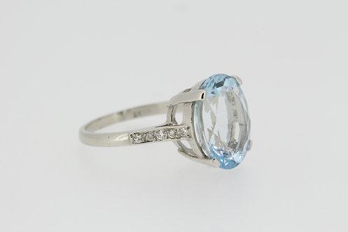 Aquamarine and diamond ring A5.30cts
