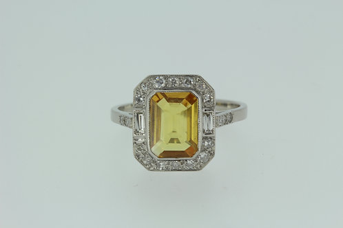 Platinum and diamond yellow sapphire ring s2.0cts d.40cts