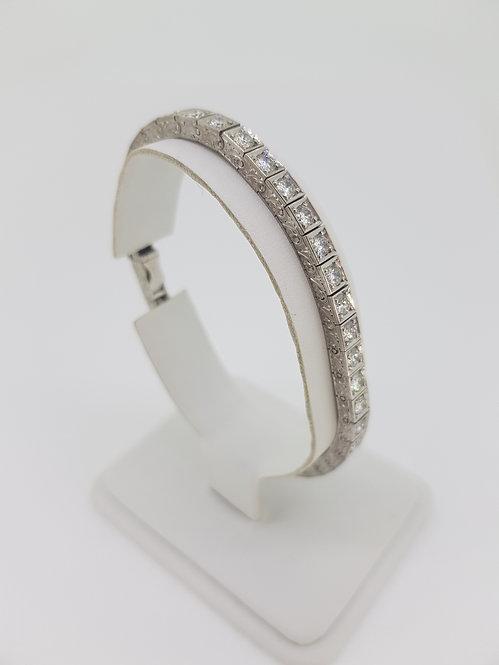 Engraved diamond line bracelet est4.5cts