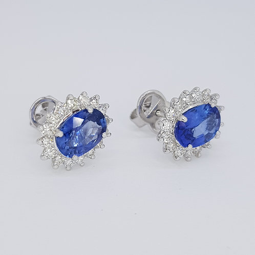 Sapphire and diamond cluster earrings s3.46cts d0.78cts