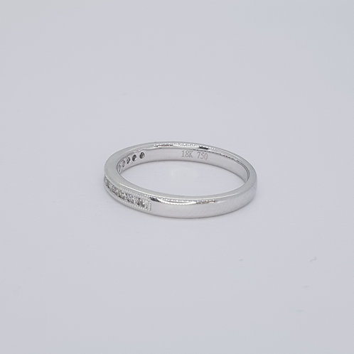 Half eternity ring D0.20cts 18ct size N