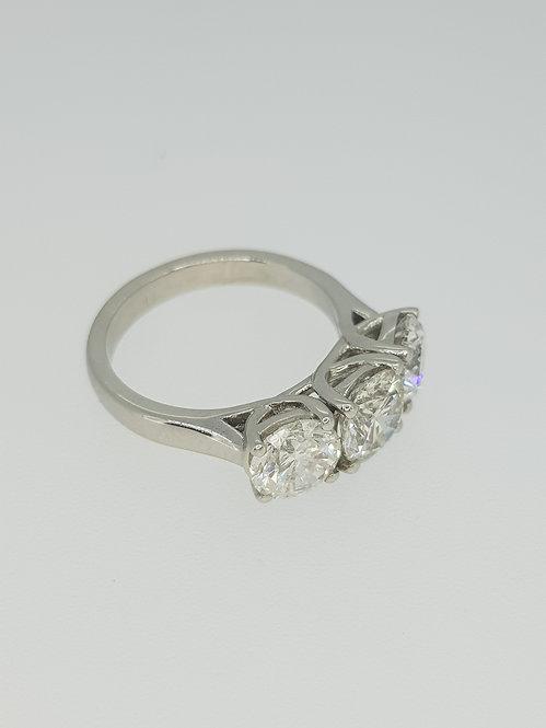 Platinum diamond three stone cd1.03cts×1.82cts