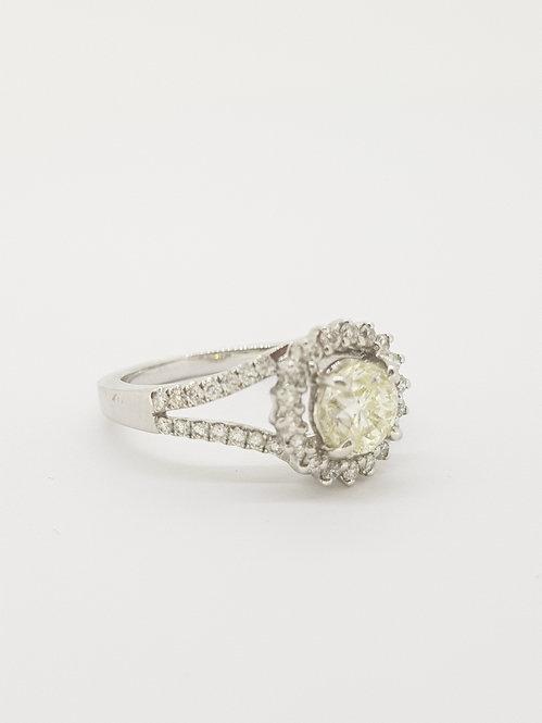 Halo diamond cluster ring.