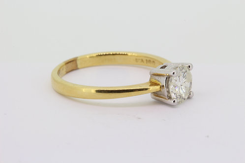 Classic solitaire diamond ring.