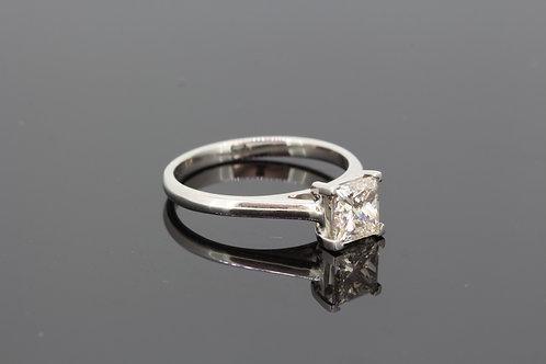 Princess cut solitaire diamond ring platinum d1.01cts