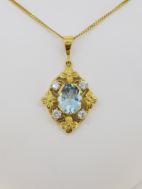 Aquamarine and diamond pendant 18ct 1940s d0.50cts