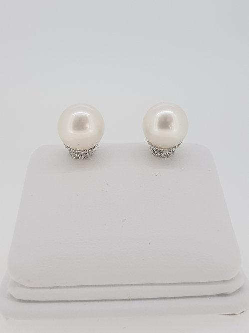 Pearl and diamond studs