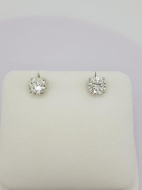 Diamond ear studs1.42CTS