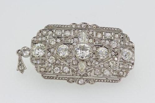 Diamond Art Deco brooch with detachable pendant fitting.