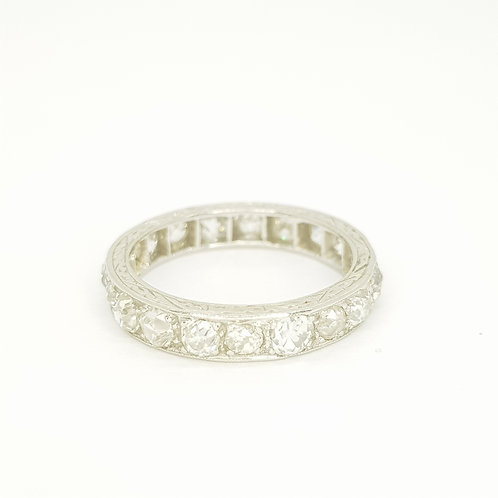 Circa 1920 Platinum full eternity ring.D1.50cts