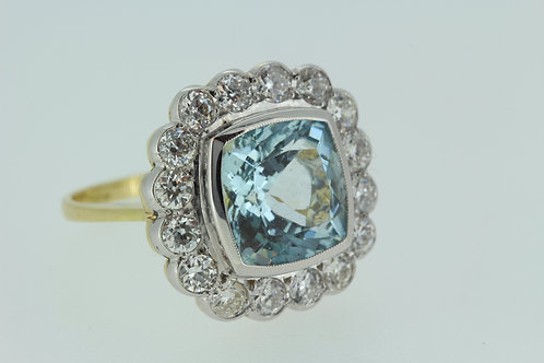Aquamarine and diamond cluster ring a4.50cts d1.35cts
