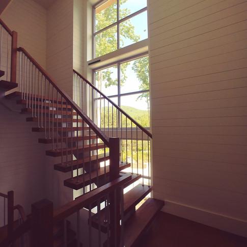 Fenetres uPVC pour cette cage d'escalier