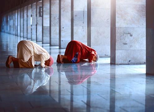 2019__Intercede__Men praying.jpg