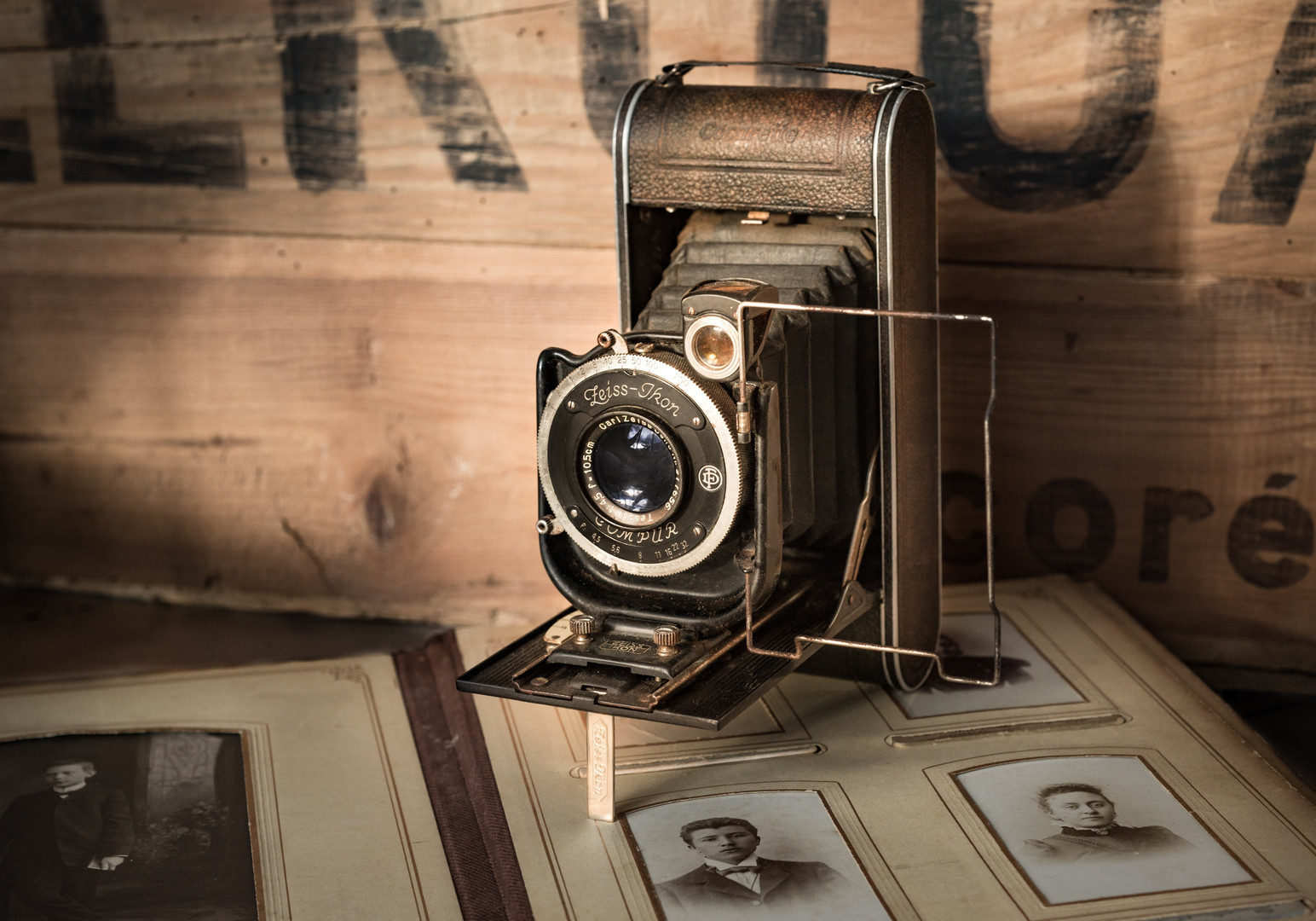 antique-1863896.jpg
