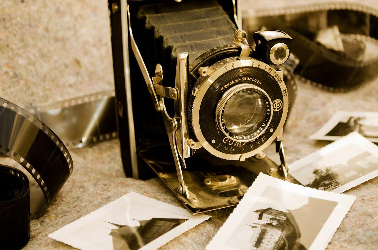 old-83749_1280.jpg