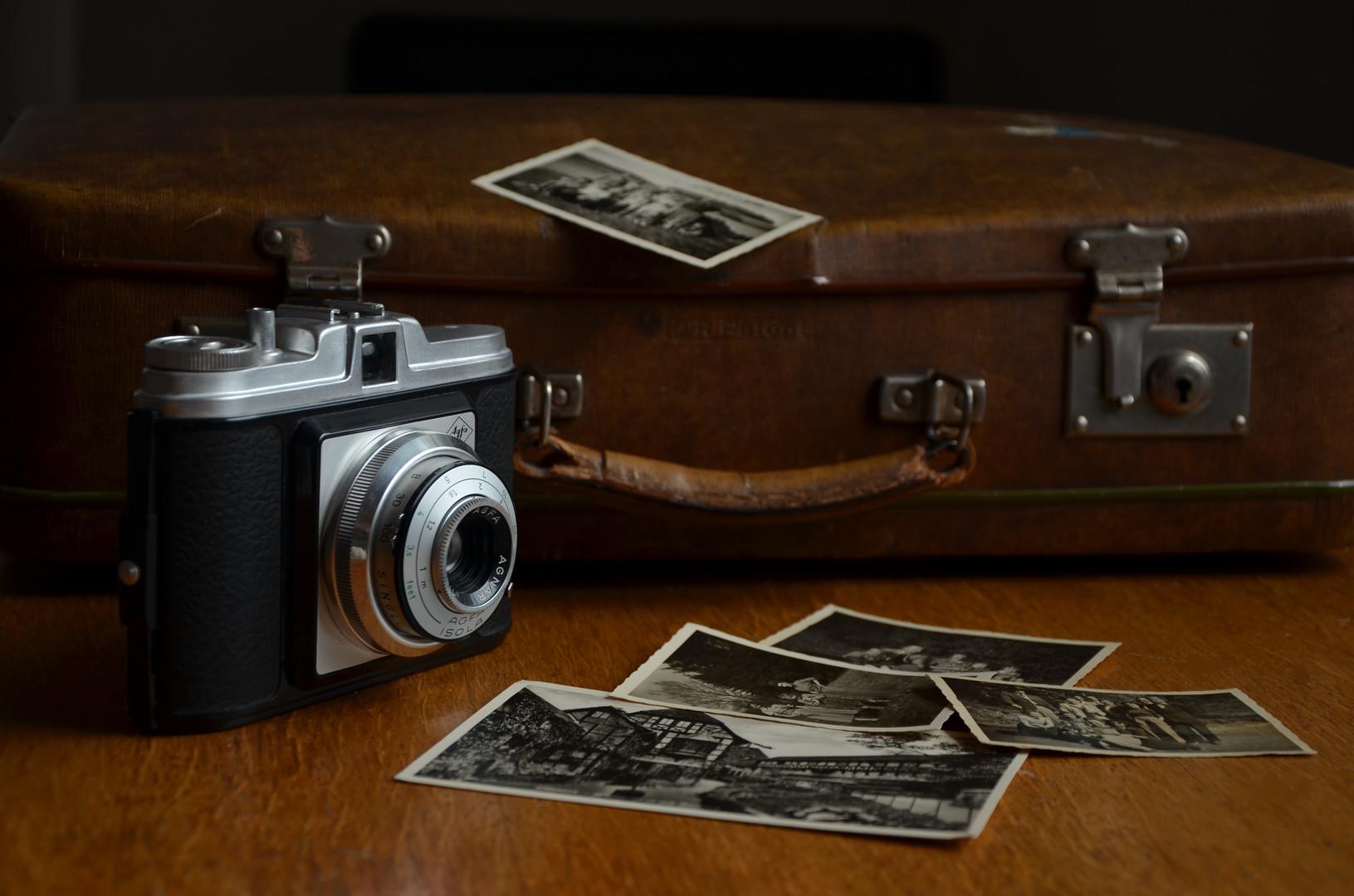camera-514992.jpg